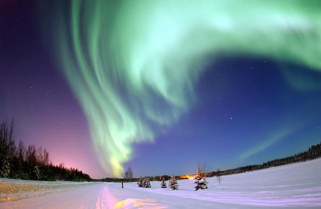 7 Places to View Aurora Borealis in winter