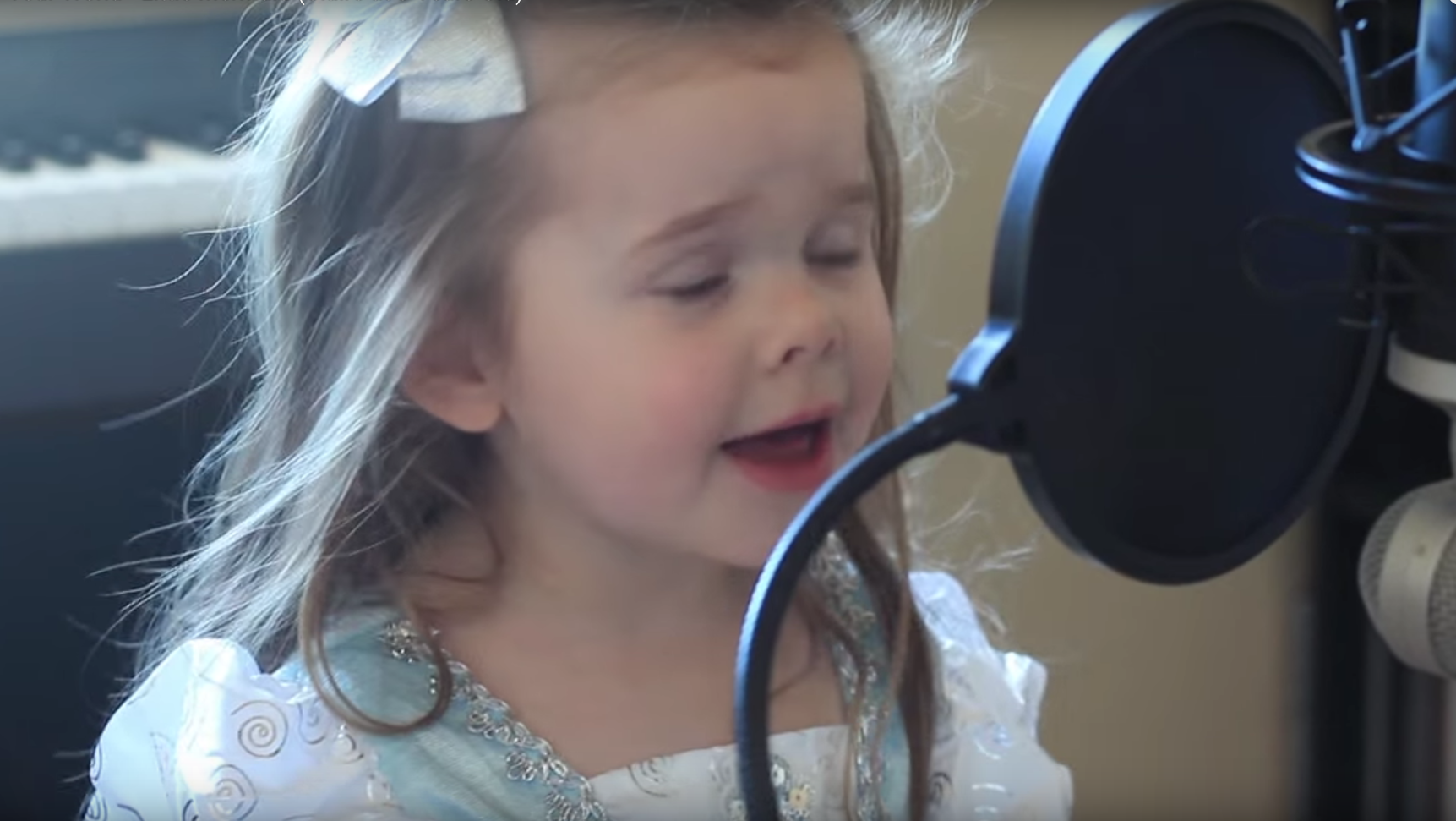 Little Girl Singing a Disney Song will melt your heart