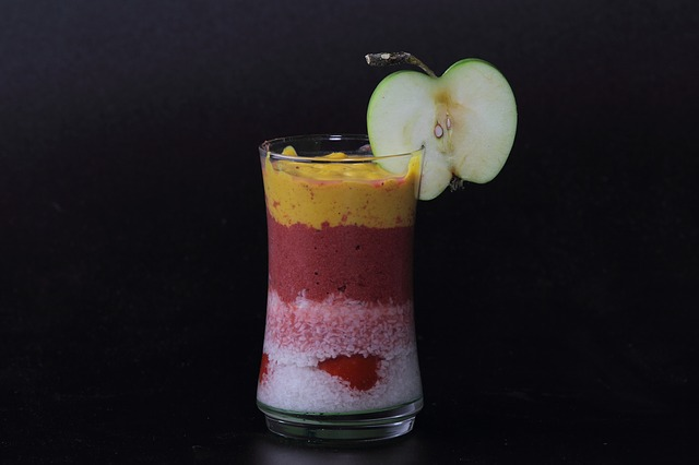 5 Tasty Recipes and Tricks for Making Healthy Smoothies