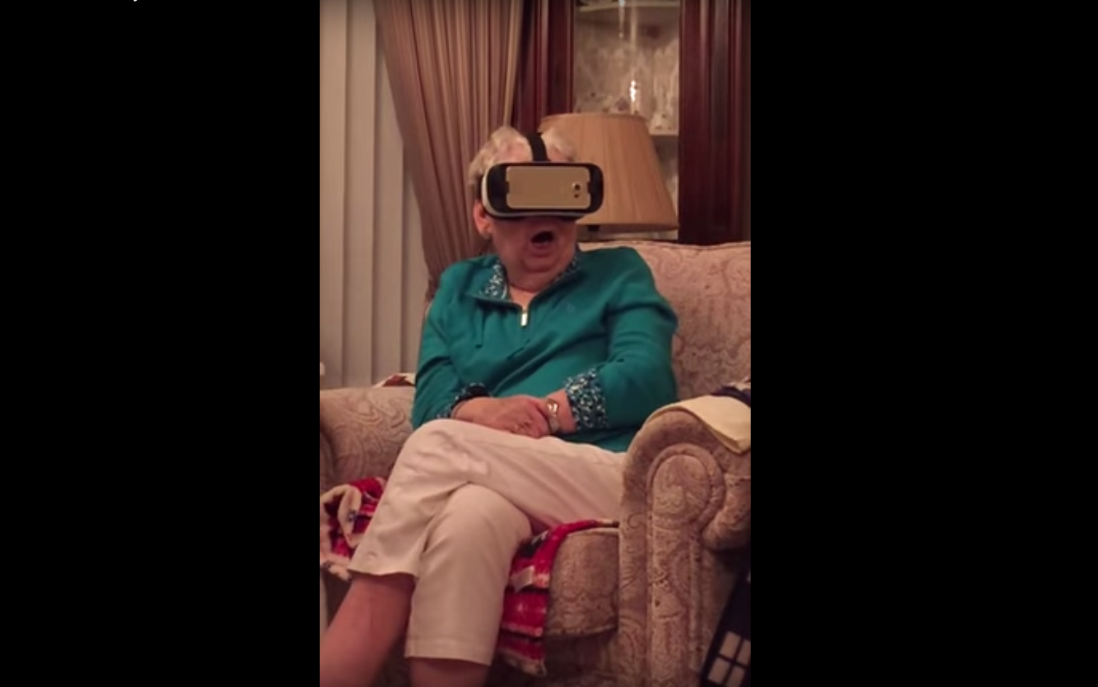 Grandma Watches Jurrasic Park In Virtual Reality