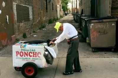 A Stranger Raises Around 300K for a 89-year-old paleta vendor