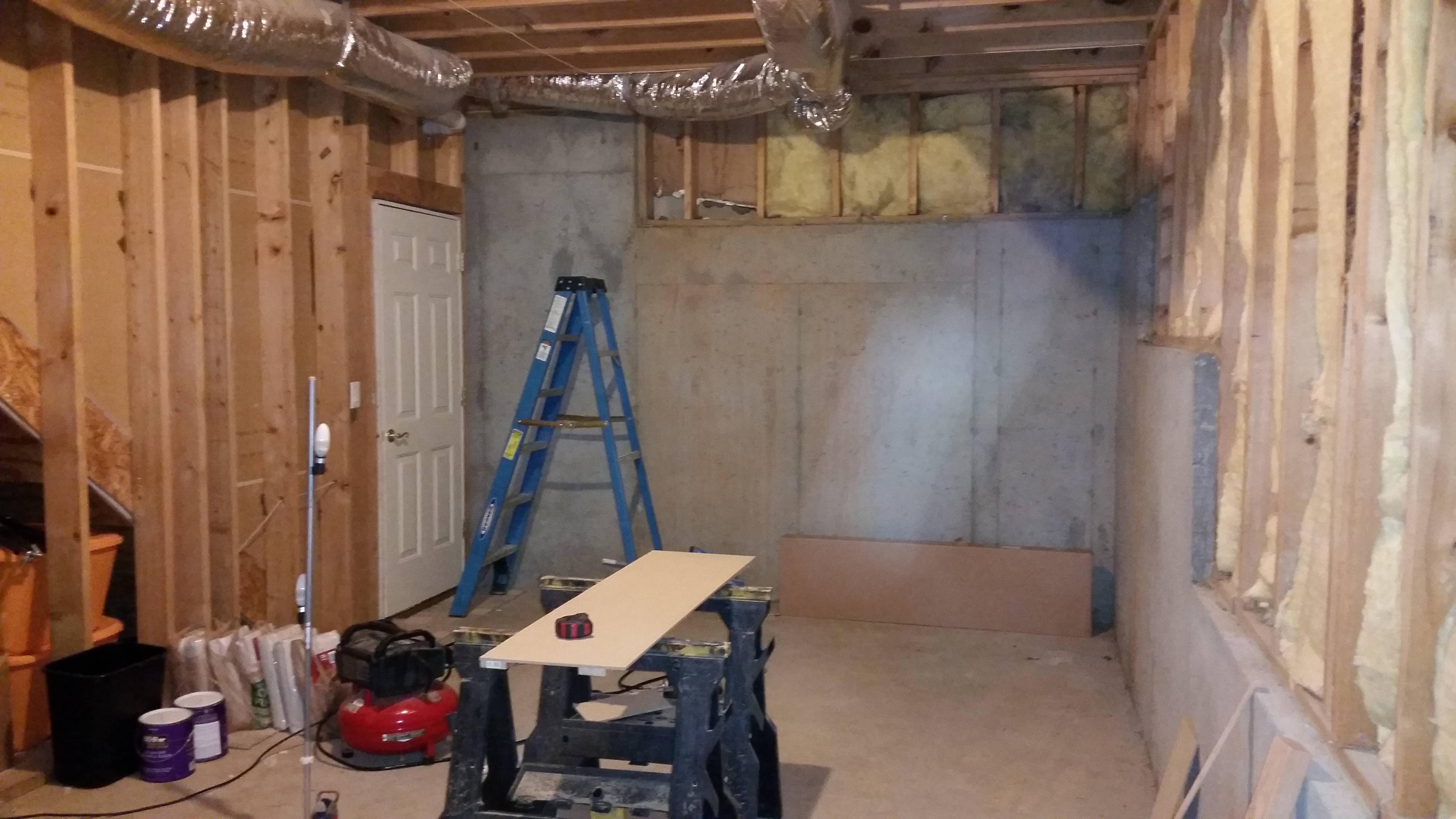 diy-basement-turned-into-gym-1
