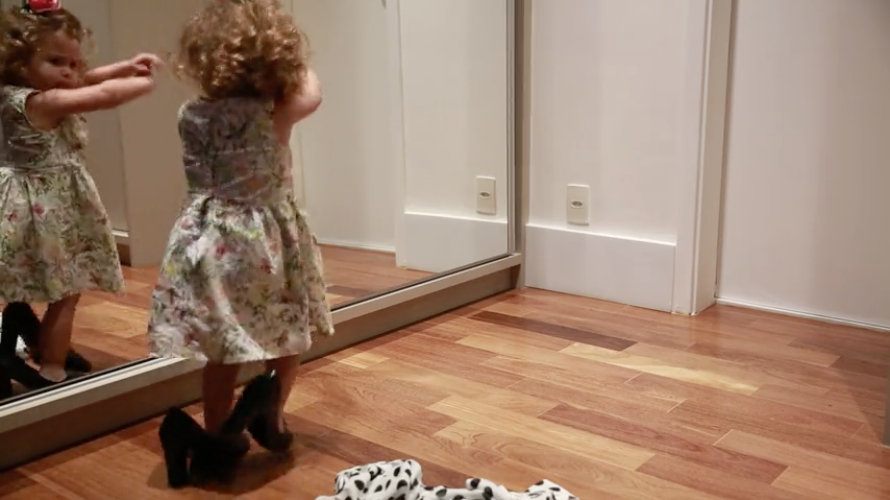 Little Girl Dancing In Her Mom's Heels Is Too Cute To Be Missed