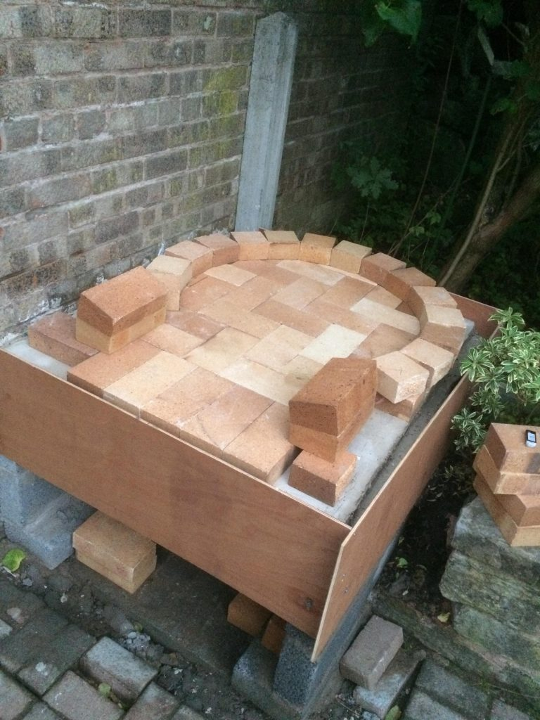 DIY Outdoor Brick Pizza Oven Step 7