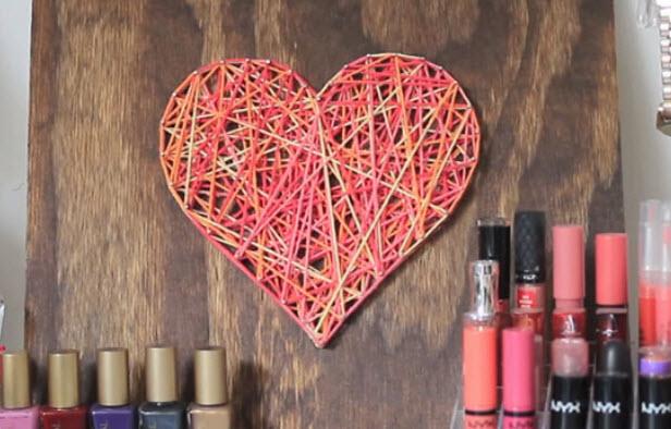 Valentine String Decor